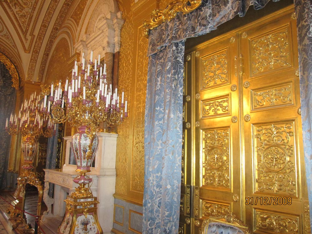 yes_that_is_gold_hermitage_st_petersburg_1000.jpg